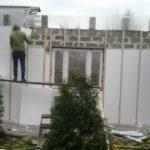 Монтаж сайдинга здания приюта